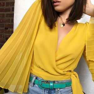 Tops - 🆕Lauren Marigold Yellow Pleated Sleeve Wrap Top